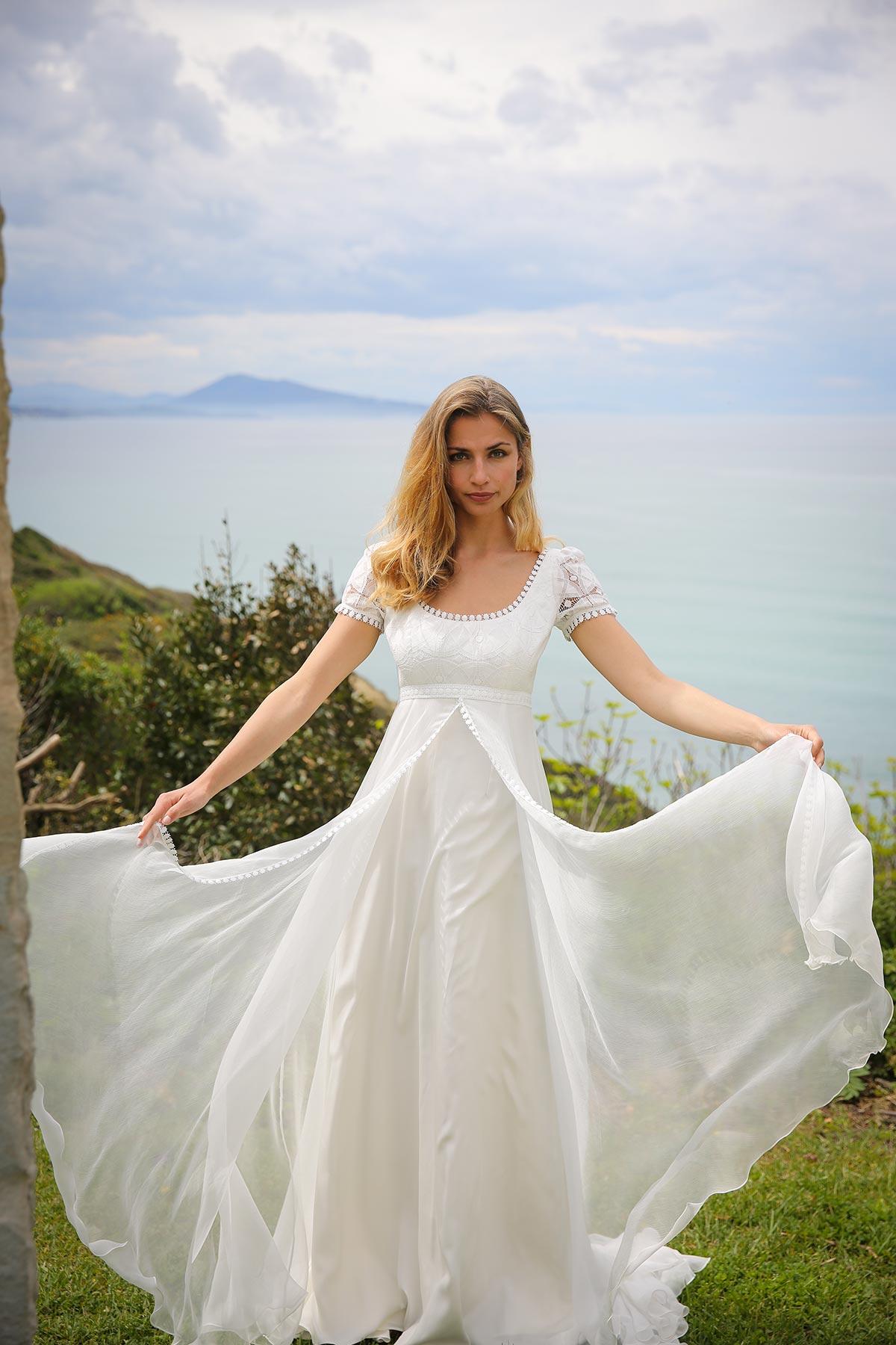 lorette-2N2A6301-marie-laporte-creatrice-robe-mariee-2017